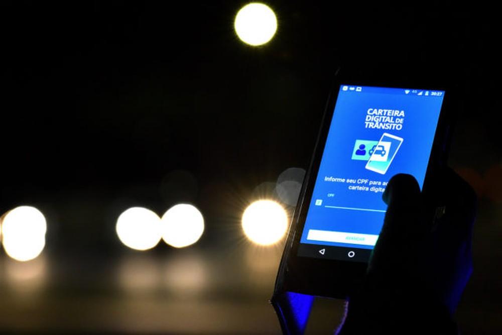carteira-digital-transito-andre-borges-640x427